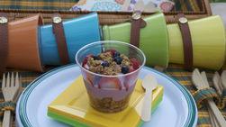 Yogurt Parfait with Granola Bars