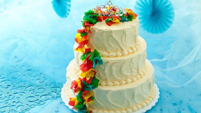 Quinceañera Layer Cake