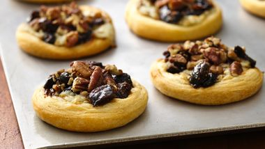 Fig and Blue Cheese Appetizer Tarts