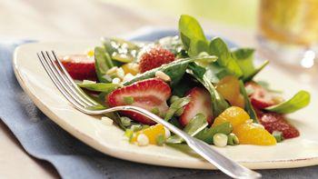 Strawberry-Kiwi-Spinach Toss