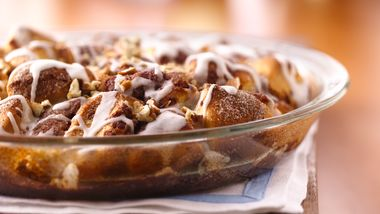 Iced Cinnamon Roll Coffee Cake