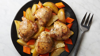 Slow-Cooker Lemon-Thyme Chicken with Carrots and Potatoes
