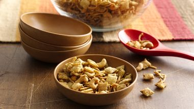 Curried Chex™ Mix with Coconut and Cashews