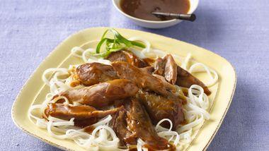 Slow-Cooker Turkey Drumsticks with Plum Sauce