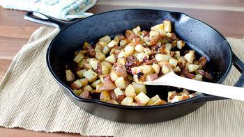 Bacon-Ranch Skillet Roasted Potatoes