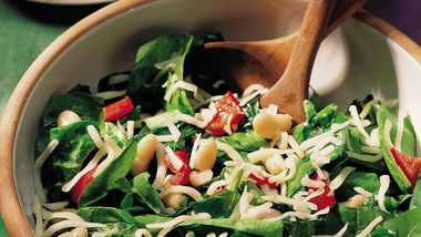 Bean and Spinach Salad with Warm Bell Pepper Dressing