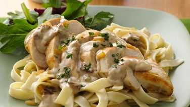 Chicken Alfredo with Sun-Dried Tomato Cream