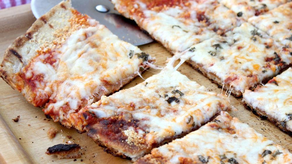 Crispy Grilled Italian Pizza