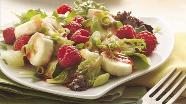 Mixed Greens with Fruit and Raspberry Dressing