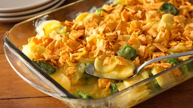 Cheesy Crunchy Broccoli Scalloped Potato Casserole