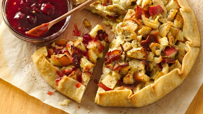 Chicken Blue Cheese Crostata with Spicy Tart Cherry Sauce