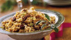 Chorizo con cocción lenta, nueces pecanas y relleno a base de Cheddar.