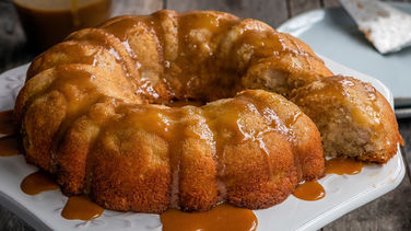 Apple Cake with Cajeta Frosting