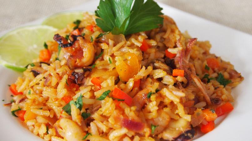 mariscos con arroz receta
