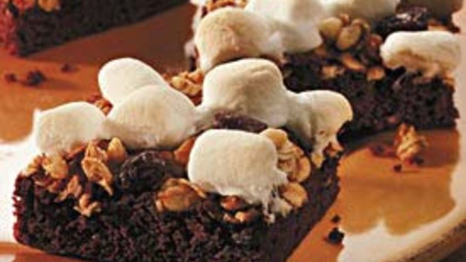Marshmallow-Granola Brownies