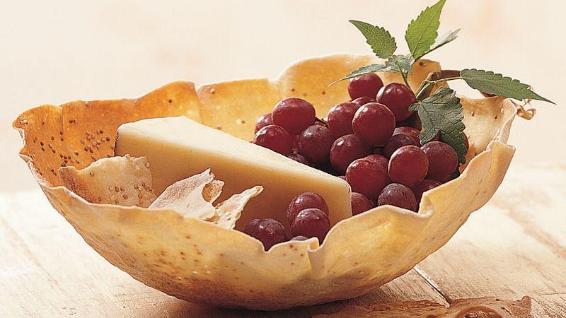Appetizer Cracker Basket