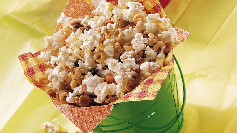 Cheerios™ On-the-Go Snack Mix