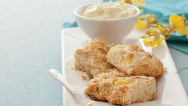 Coconut, Pineapple and Macadamia Scones