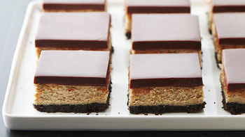 Mudslide Cheesecake Bars
