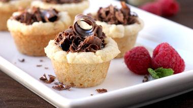 Sugar Cookie Truffle Cups