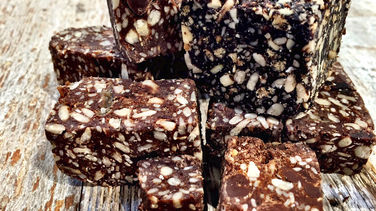 Energy Bites with Chocolate and Super Seeds