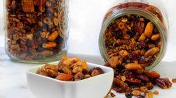 Trail Mix con Cheerios™ en Olla de Cocción Lenta