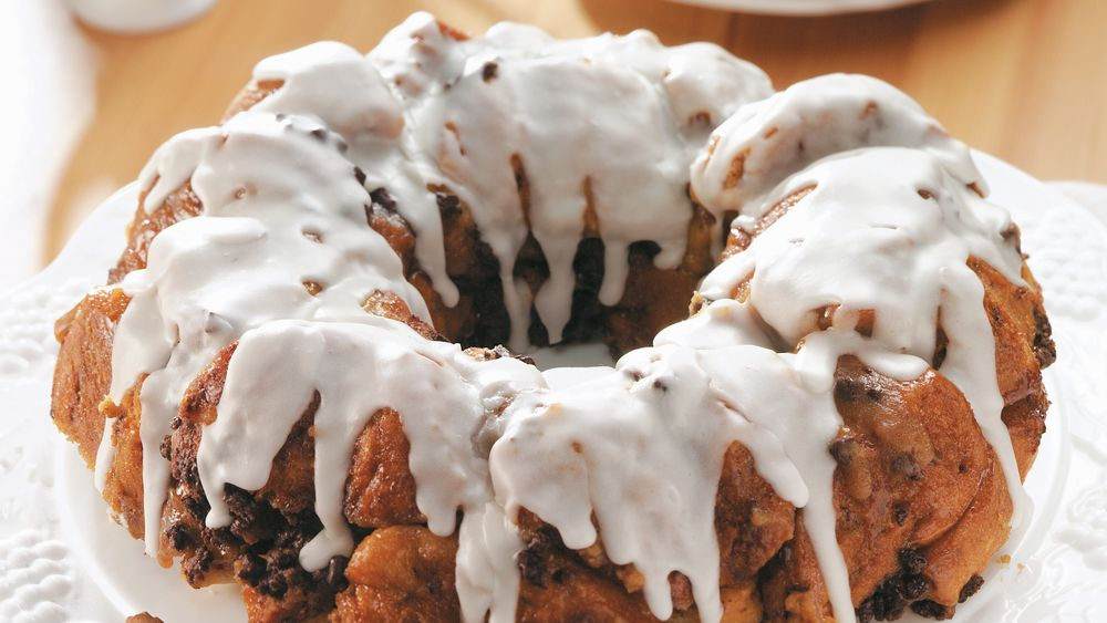 Chocolate Chip-Cinnamon Roll Coffee Cake (Party Size)