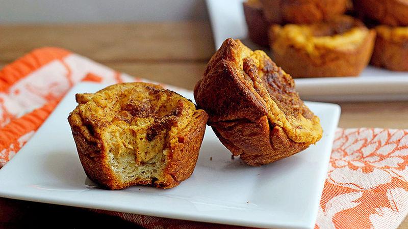 Pumpkin-Cream Cheese Muffins