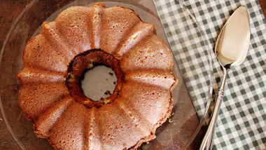 Sock-it-to-Me Bundt Cake