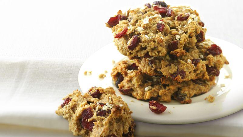 Skinny Oatmeal Peanut Butter Breakfast Cookies