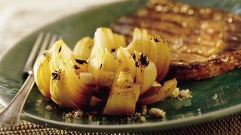 Grilled Tangy Onion Flowers