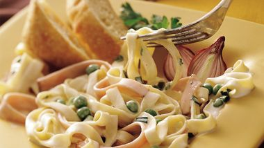 Creamy Ham and Fettuccine