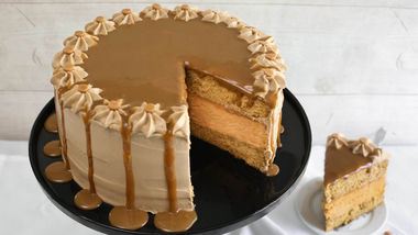 Butterscotch-Maple Cheesecake Torte