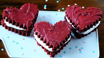 Red Velvet Brownie Hearts