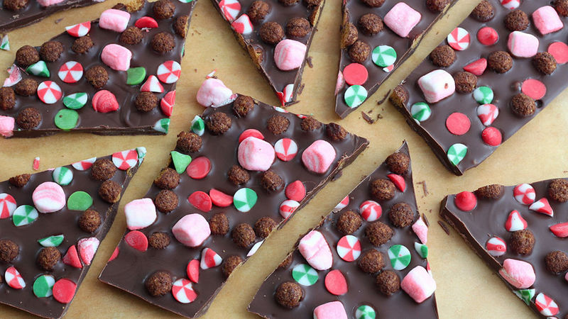 5-Minute Christmas Bark