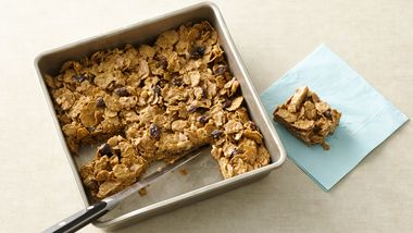 No-Bake Raisin Bran Breakfast Bars
