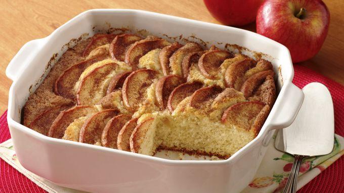 Sugar and Spice Apple Cake