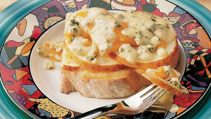 Apple-Cheese Melts