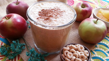 Cheerios™ Apple and Cinnamon Shake