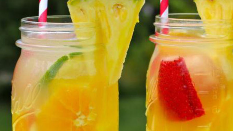 Kid friendly Pineapple Sangria