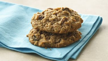 Best Whole Wheat-Oatmeal-Raisin Cookies