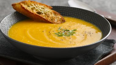 Apple Cinnamon Butternut Squash Soup