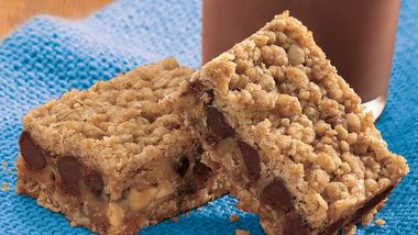 Chocolate Chip-Peanut Butter Bars
