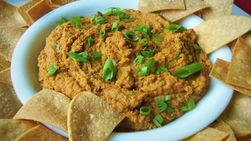 Hummus Picante de Frijoles Pintos y Chips