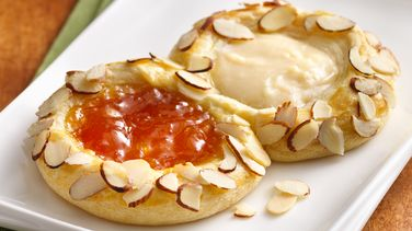 Apricot-Ginger Cheese Danish
