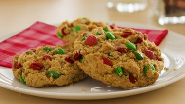 Chocolate-Peanut Butter-Oat Christmas Cookies