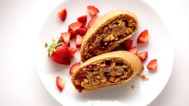 Crunchy PB&J Rollwich