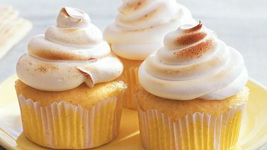 Lemon Meringue Surprise Cupcakes