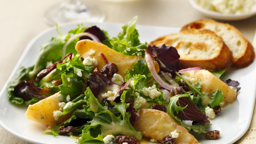 Caramelized Pears and Gorgonzola Salad