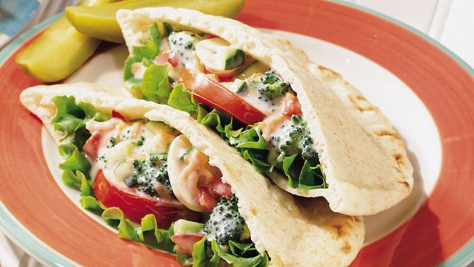 Vegetable Salad Sandwiches